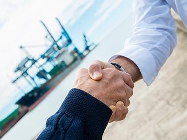 Yachting Spain Brokerage Foto  Marcas representadas / Produtos